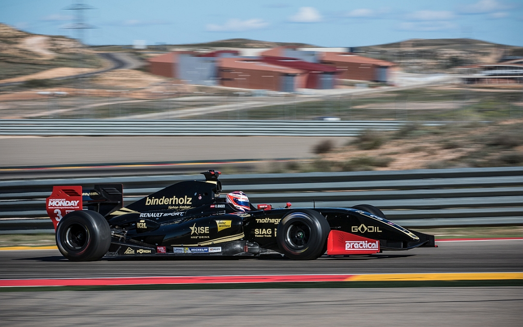 April 11. 2016. Lotus 3.5 ends Motorland test in second placewith Roy Nissany